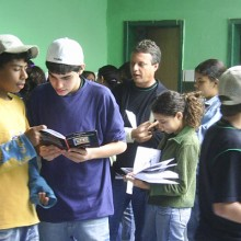 Colégio Diretrizes (MG)